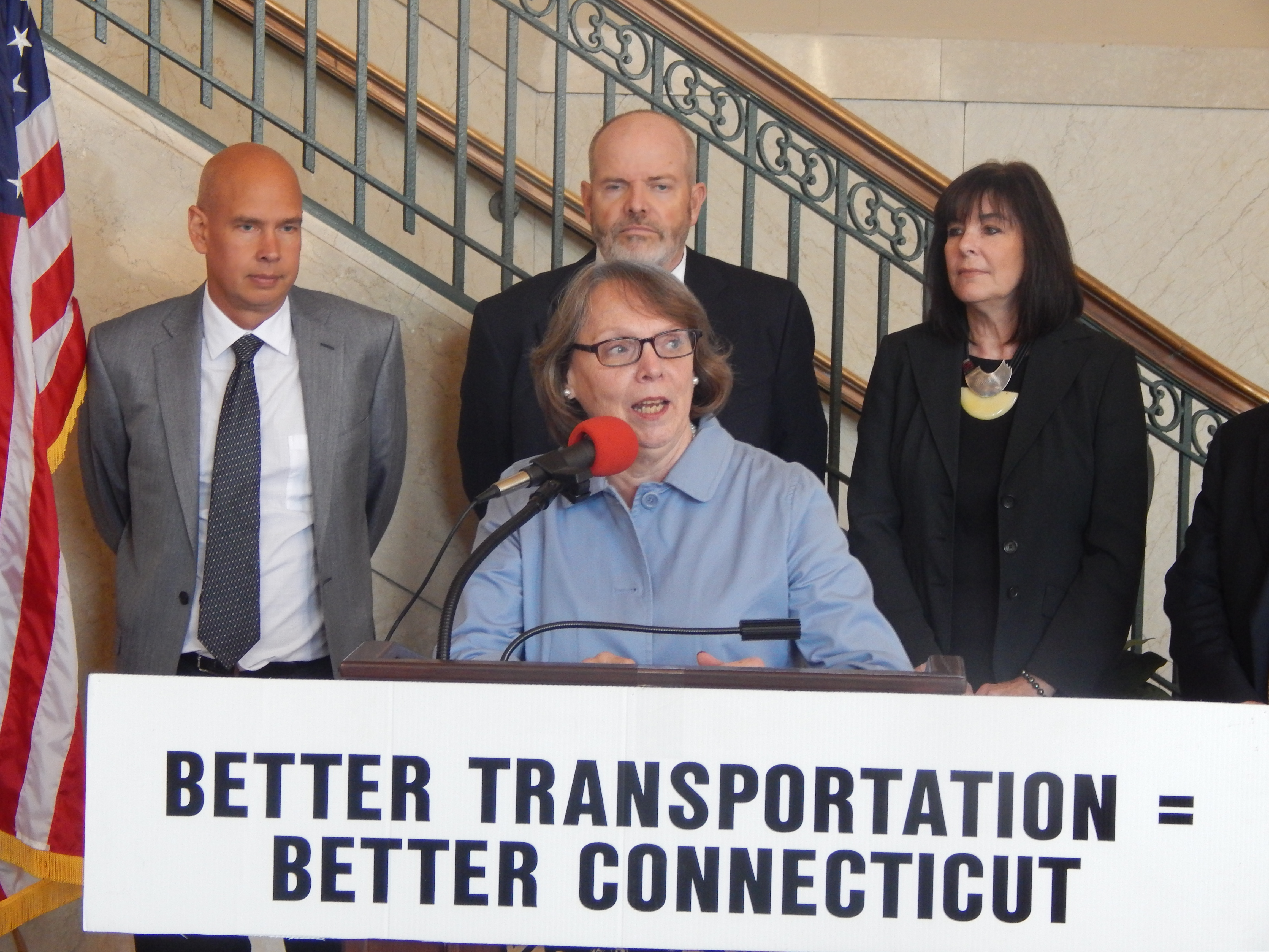 Advocates to candidates: Find money for Connecticut's transportation network