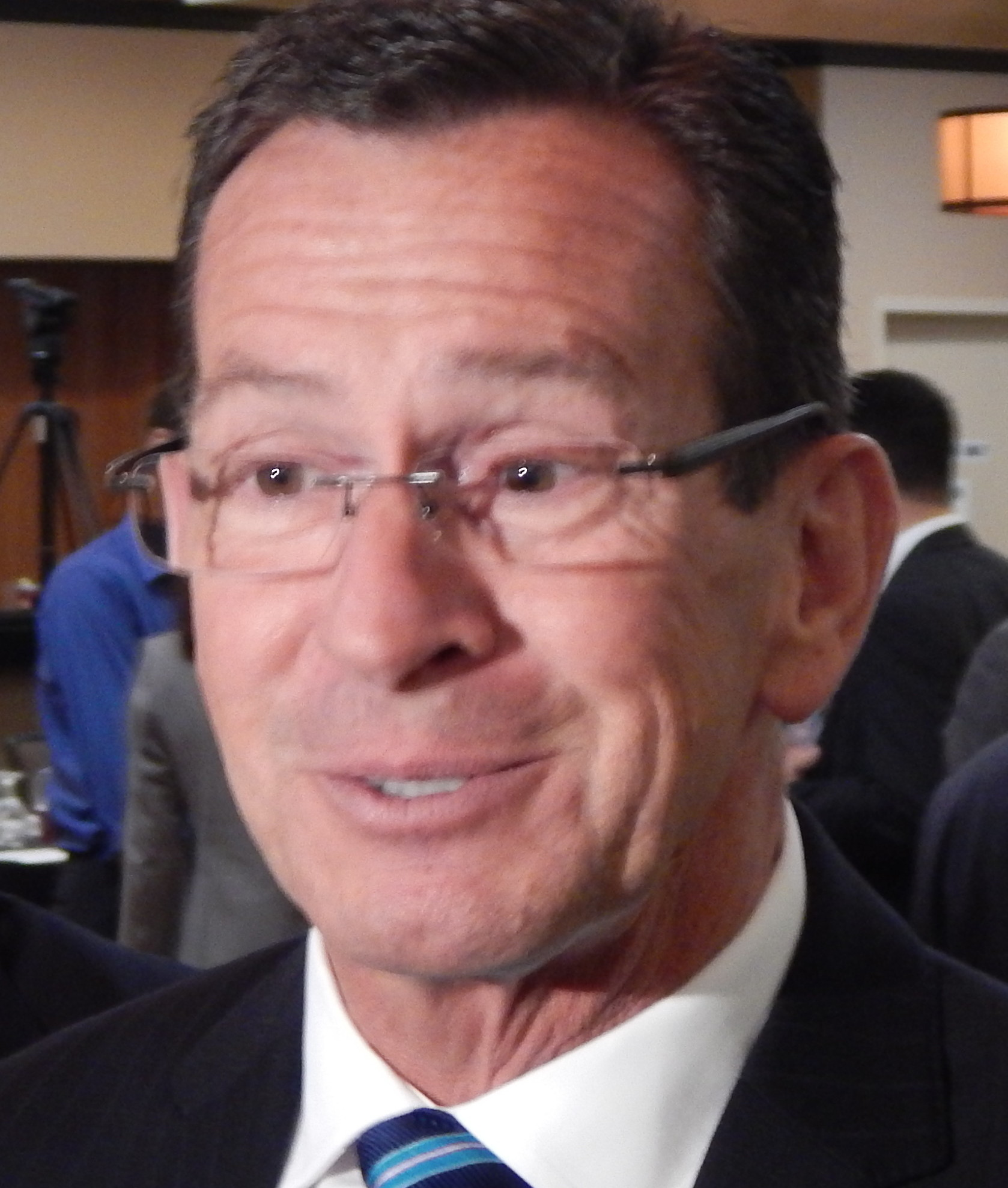 In TV wars, Malloy pivots from attacks to a tiny confession
