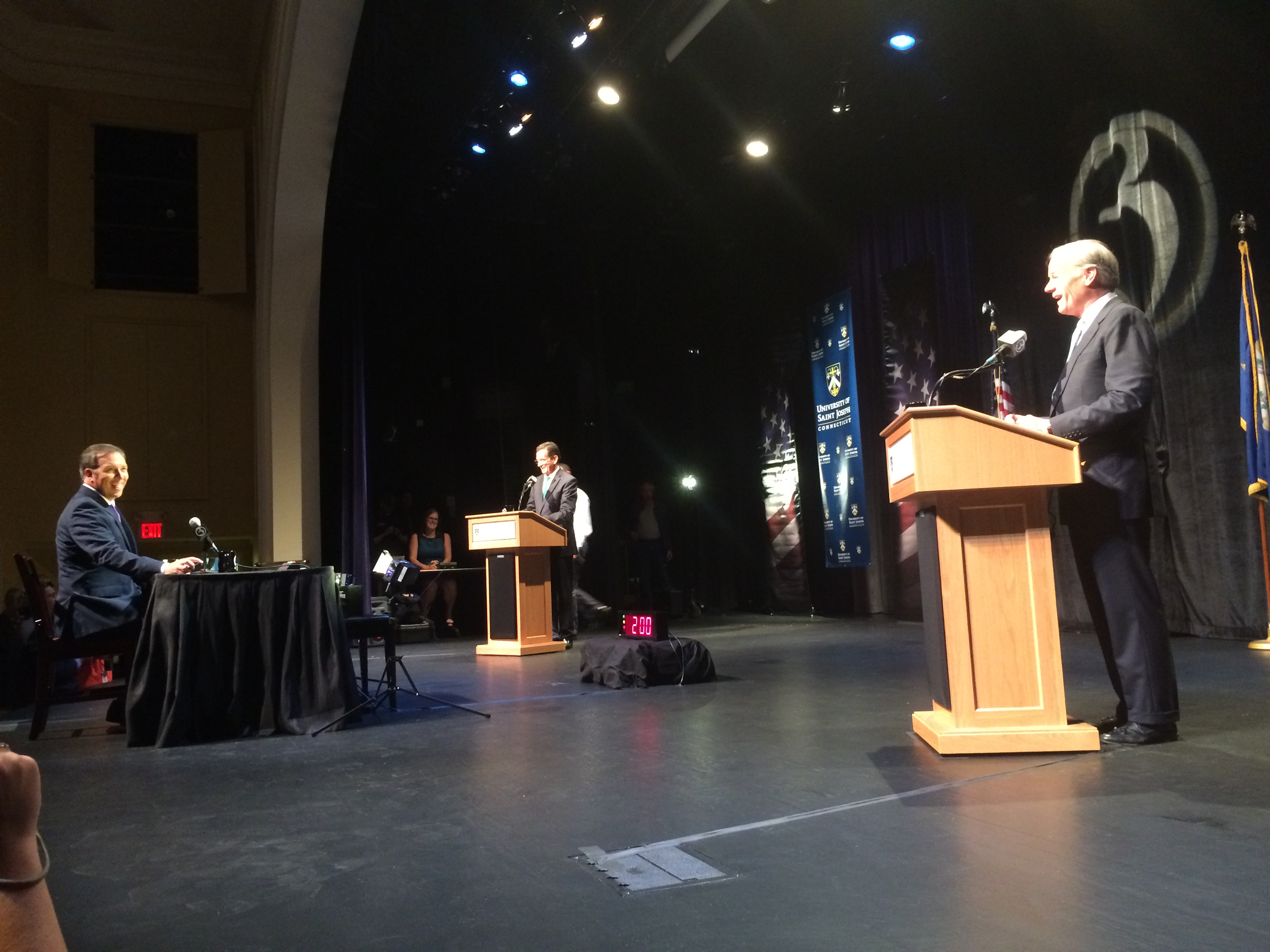 In 2nd debate, Malloy is proud and Foley incredulous