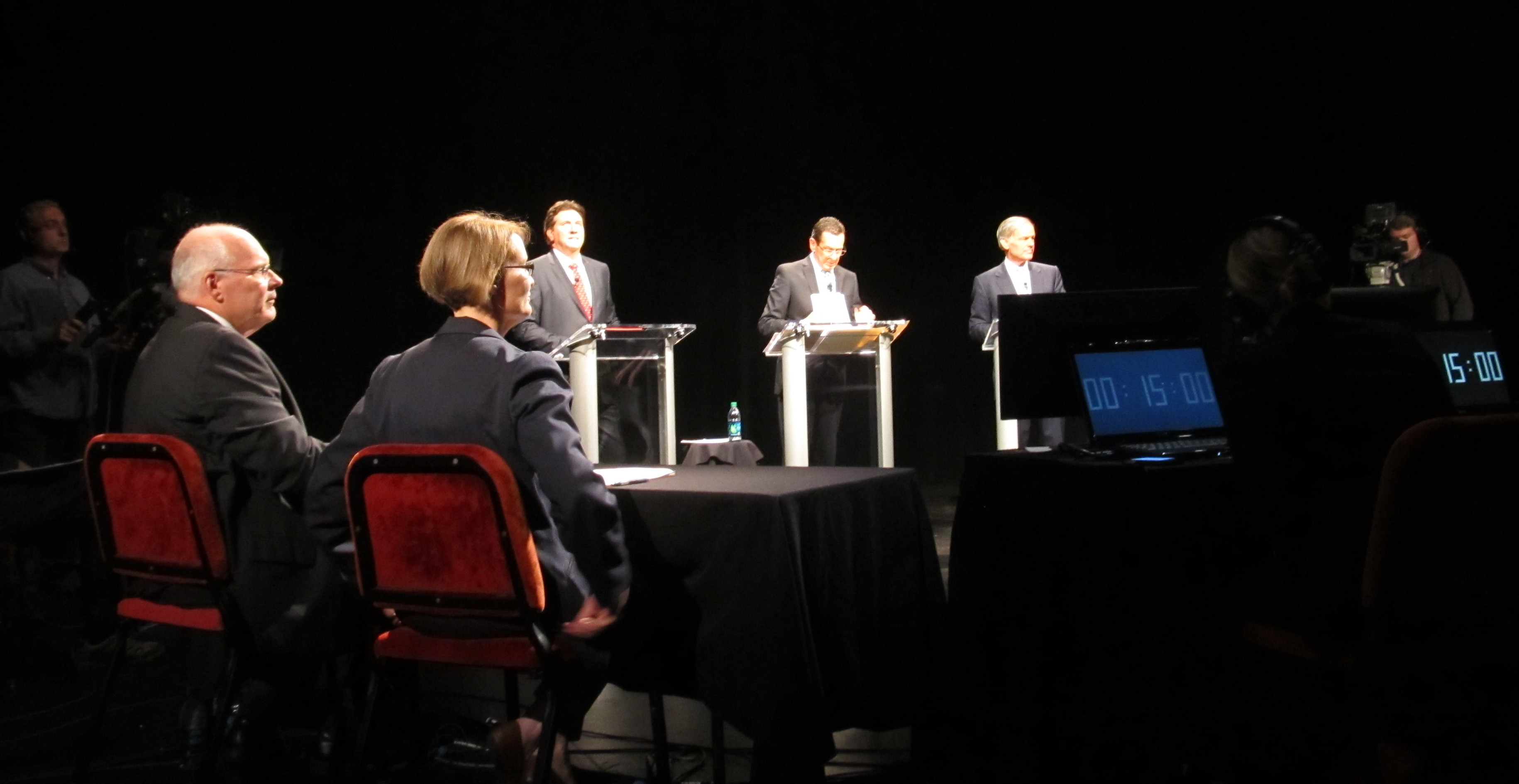 In 5th debate, Foley takes the 5th on climate change