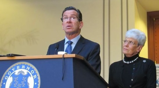 Malloy: Tax breaks likely for consumers, teachers, poor — maybe not business