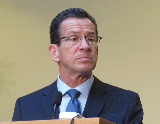 Malloy keeps options open on tolls for Connecticut highways