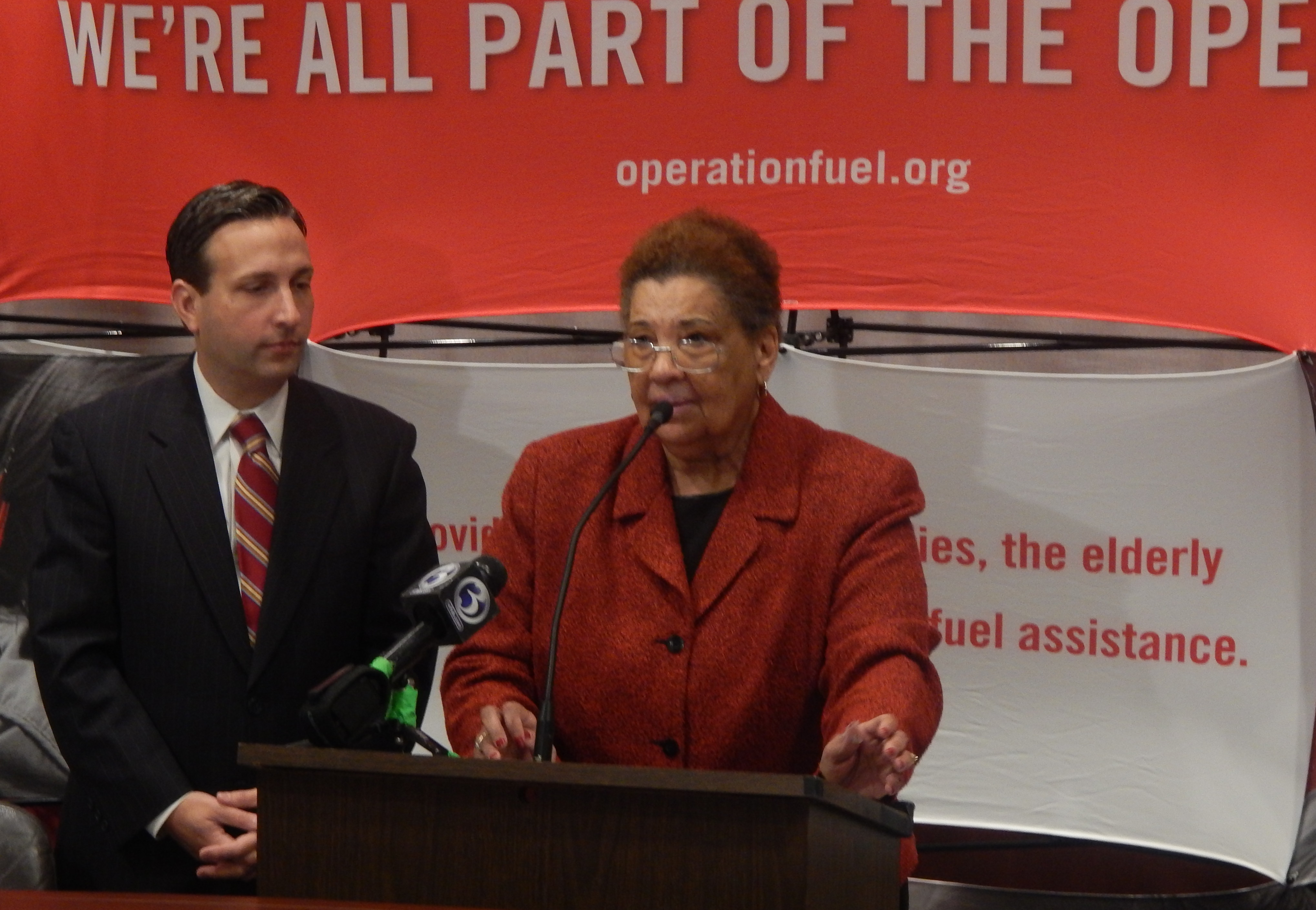 Sen. Robert Duff and Patricia Wrice, executive director of Operation Fuel at a press conference Wednesday.