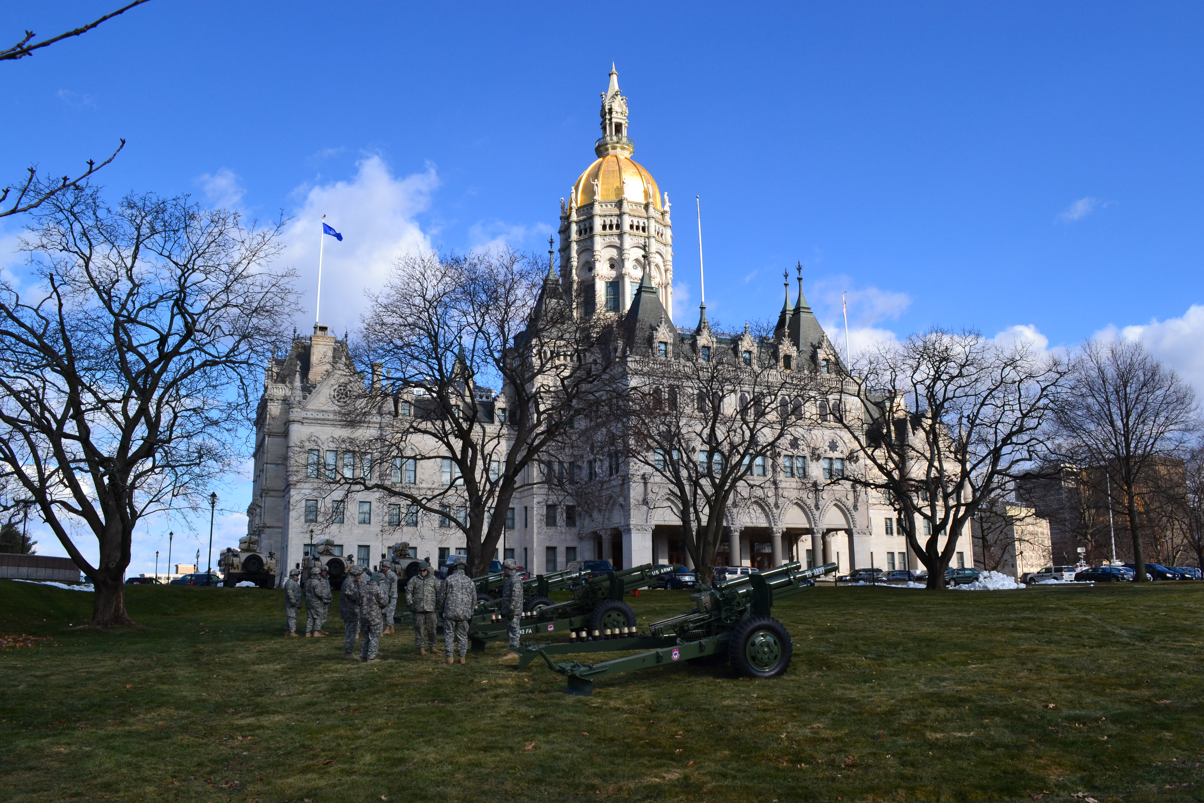 Partisan rift threatens efforts to close CT budget deficits