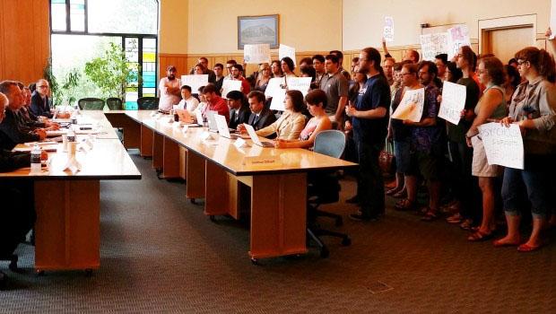 UConn graduate students  confront university officials..