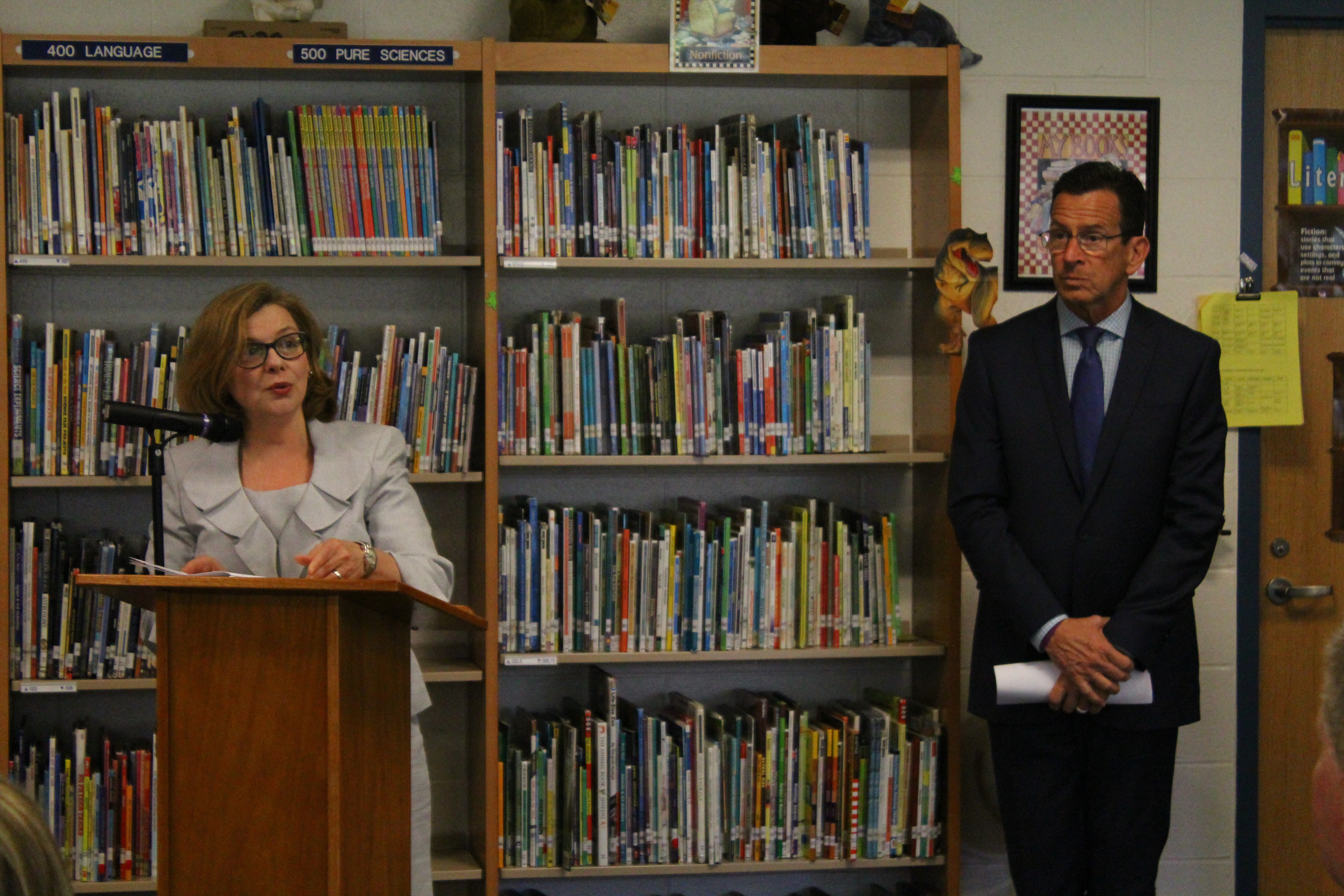 Education Commissioner Dianna Wentzell with Gov. Dannel P. Malloy at a library at an elementary school in Bristol.