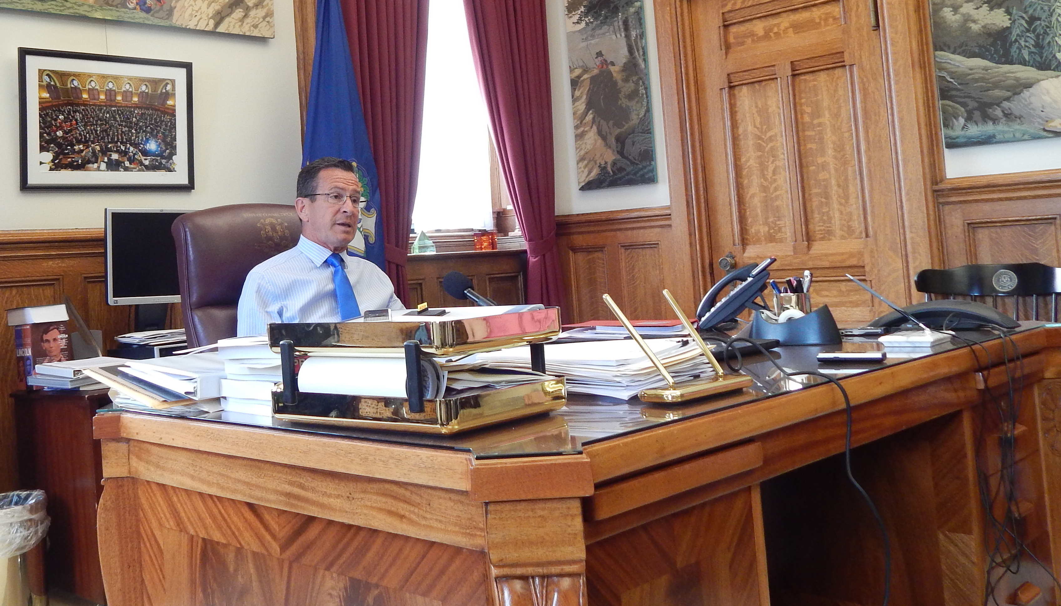 Lawmakers should override Malloy veto of ed commissioner qualifications