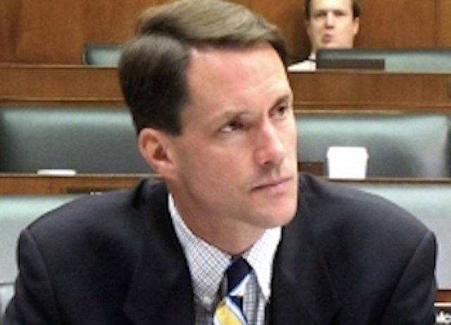 Himes' New Dems may bridge troubled congressional waters
