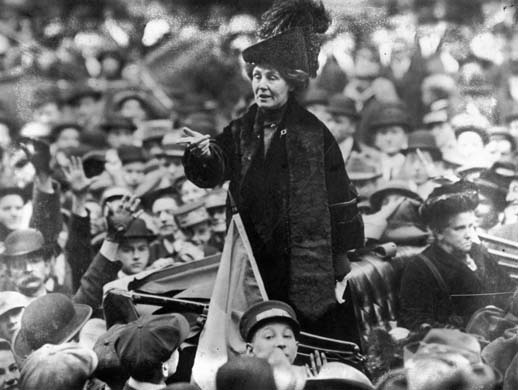 British suffragette Emmeline Pankhurst (1858 - 1928), being jeered by a crowd in New York. (Photo by Topical Press Agency/Getty Images)