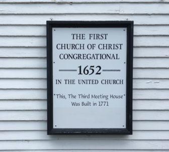 Plaque on the Farmington Congregational Church