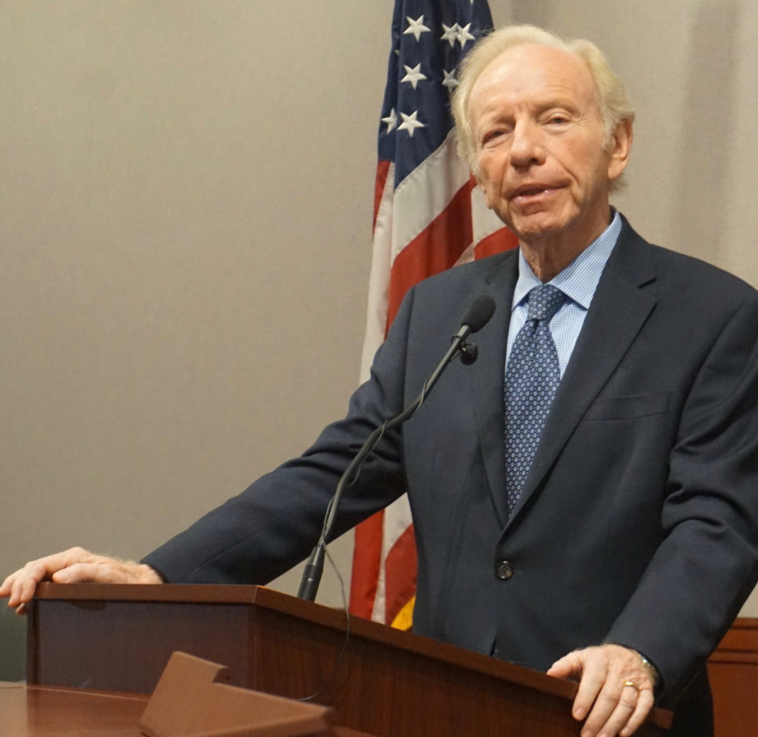 Joe Lieberman sues CT for $610M for tribe he fought as senator
