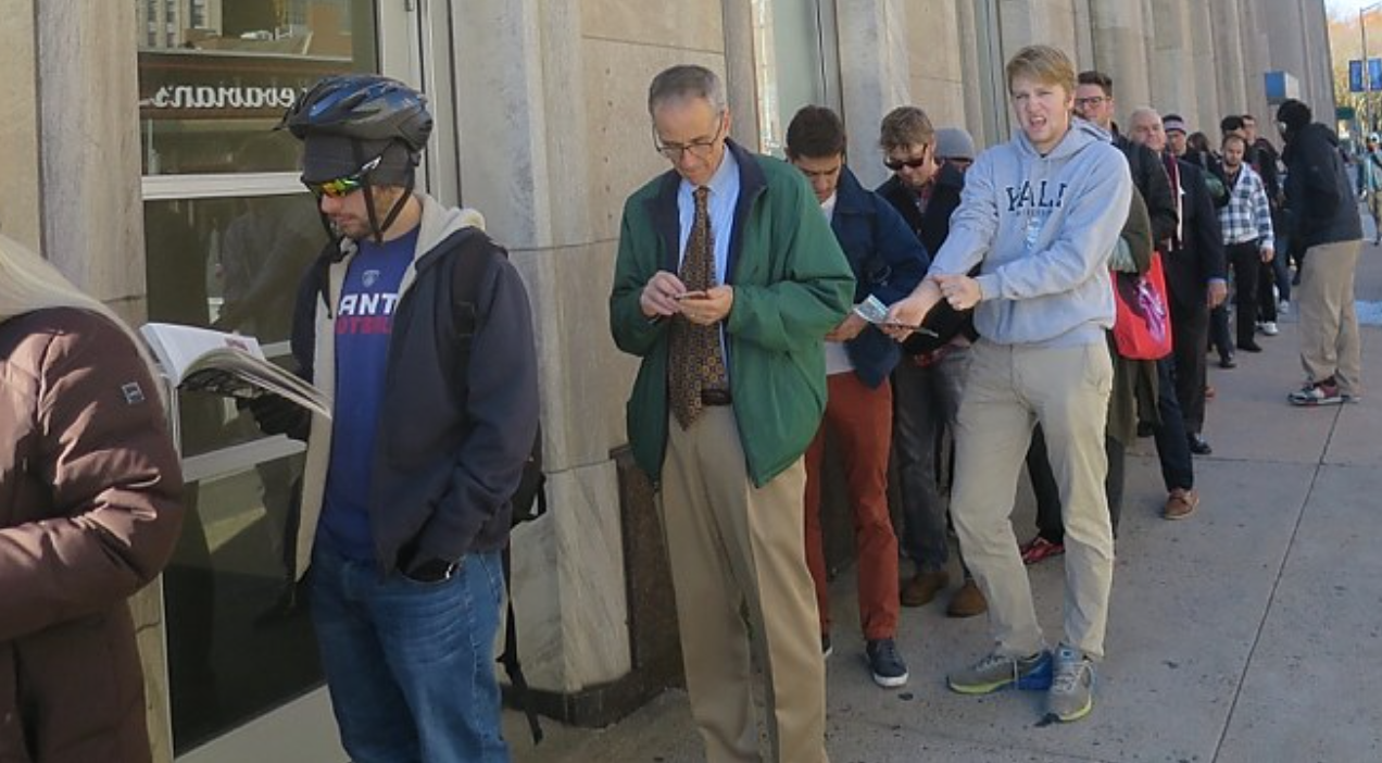 Voters in line to cast ballots at New Haven's Hall of Records