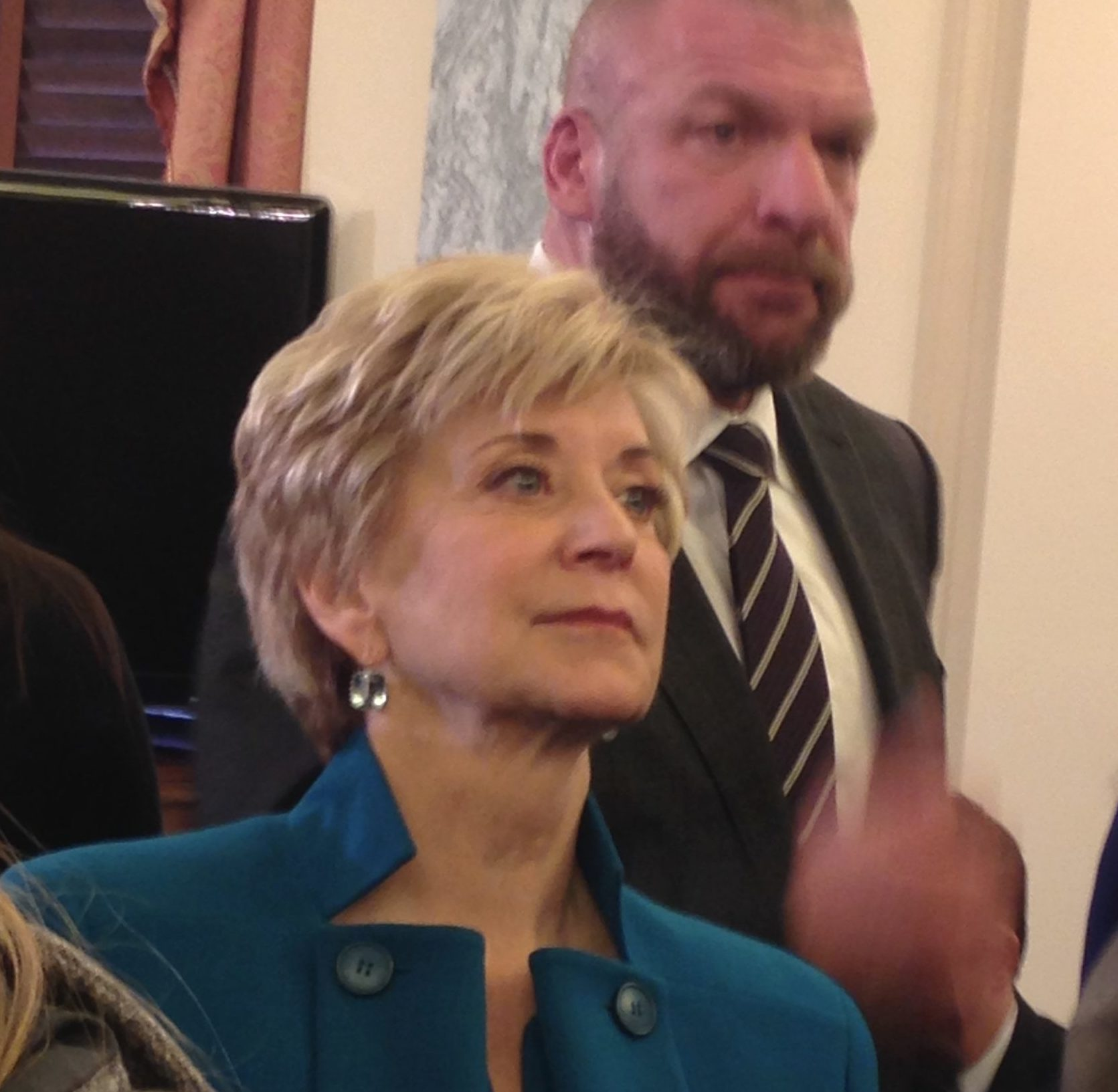 Linda McMahon is raising millions with her pro-Trump super PAC, but little from CT