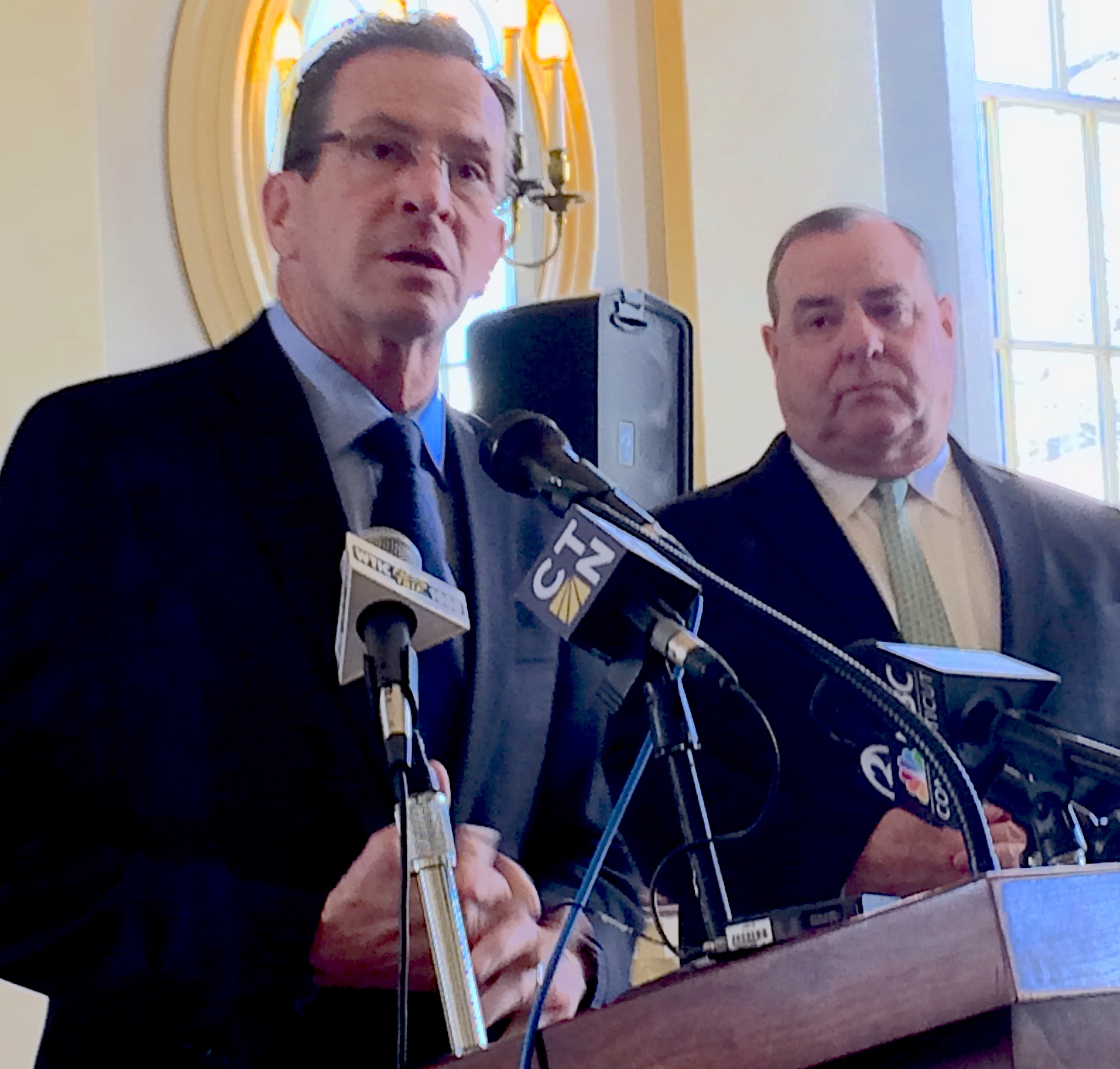 Malloy pitches early intervention for distressed communities