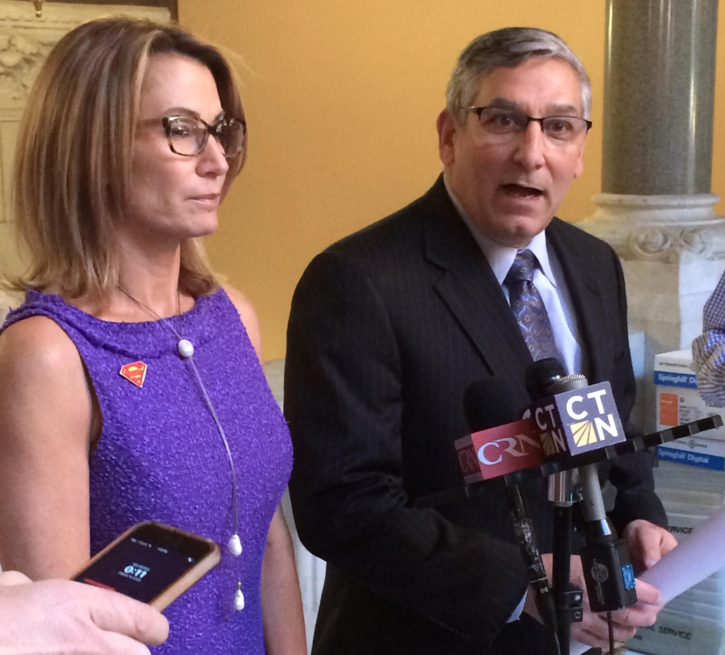 CT GOP legislative leaders urge delay on Obamacare replacement
