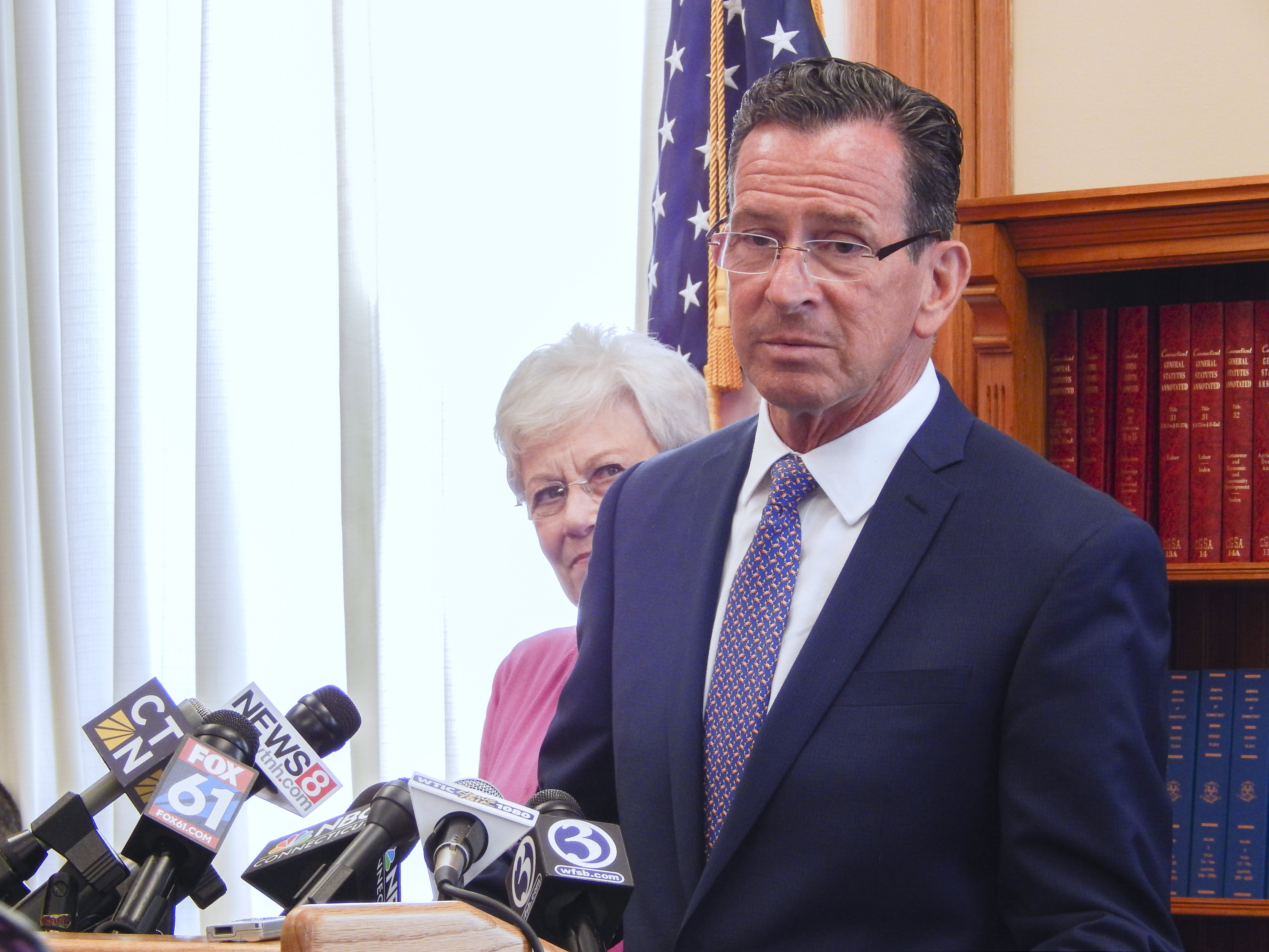Malloy proposes $300M in new revenue to mitigate cuts during CT budget gridlock