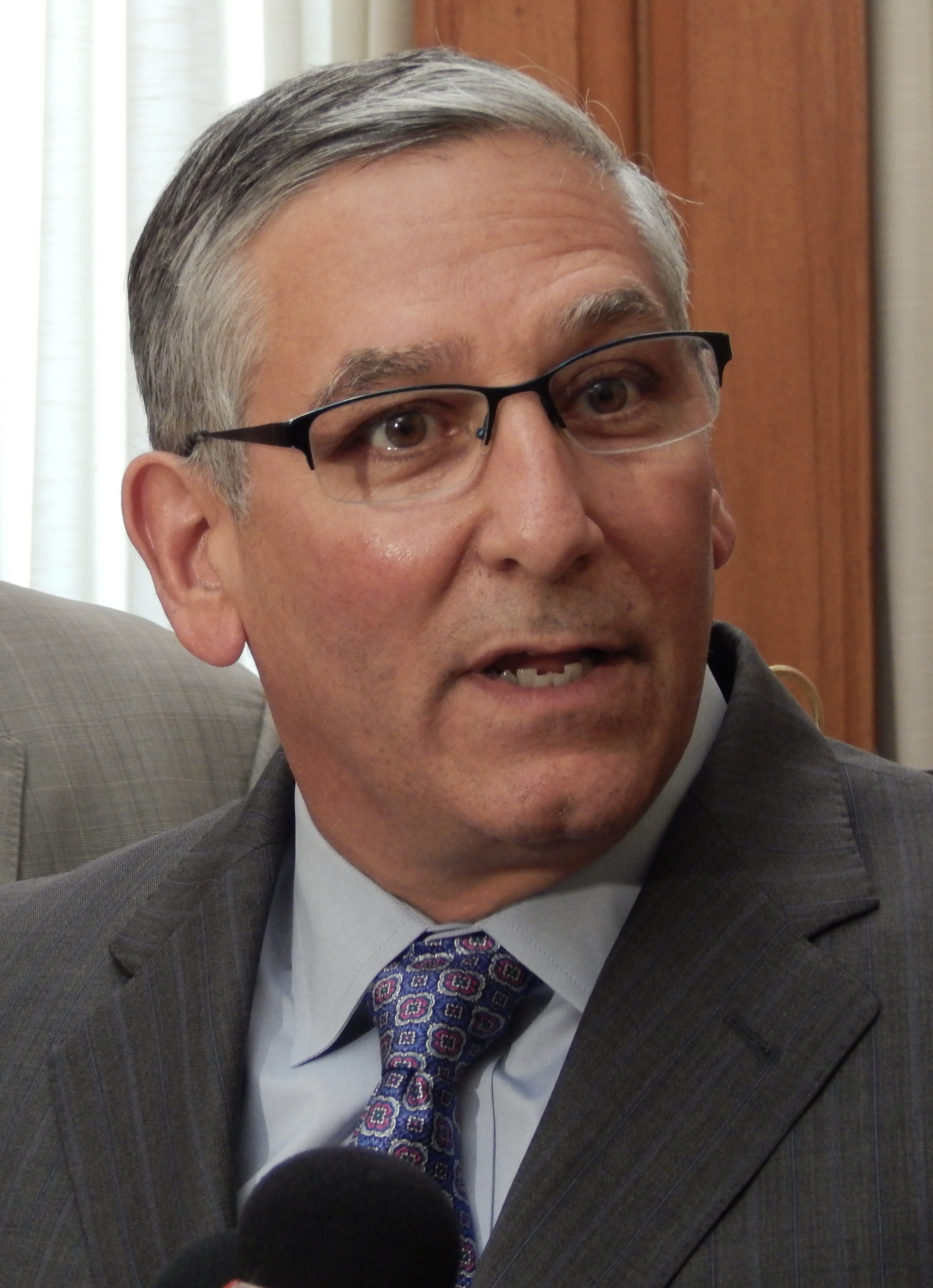 Fasano urges Malloy to release union wage concession agreements now