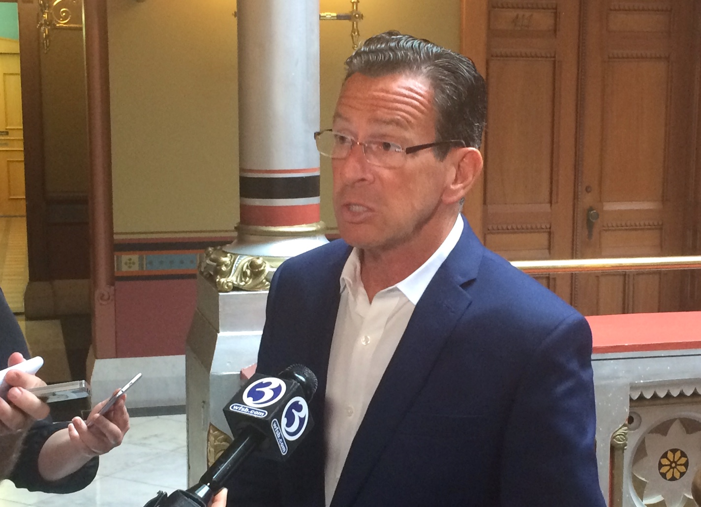 Malloy vetoes looser affordable housing rules, may face override vote