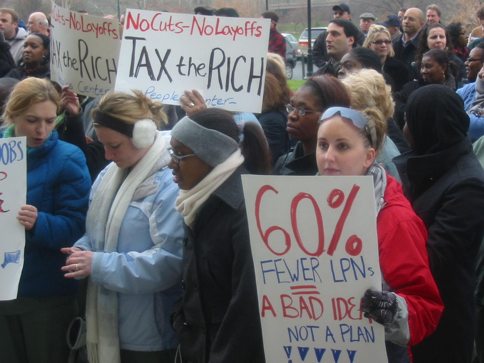 To fix Connecticut's state budget, tax the rich!