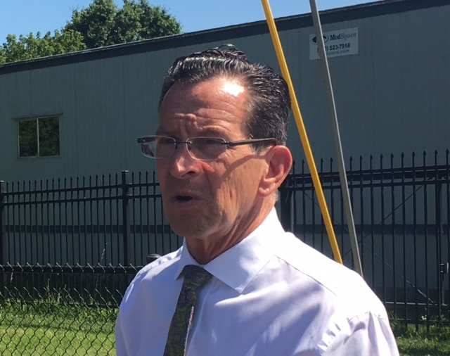 Malloy scolds CT Republicans for silence on Trump