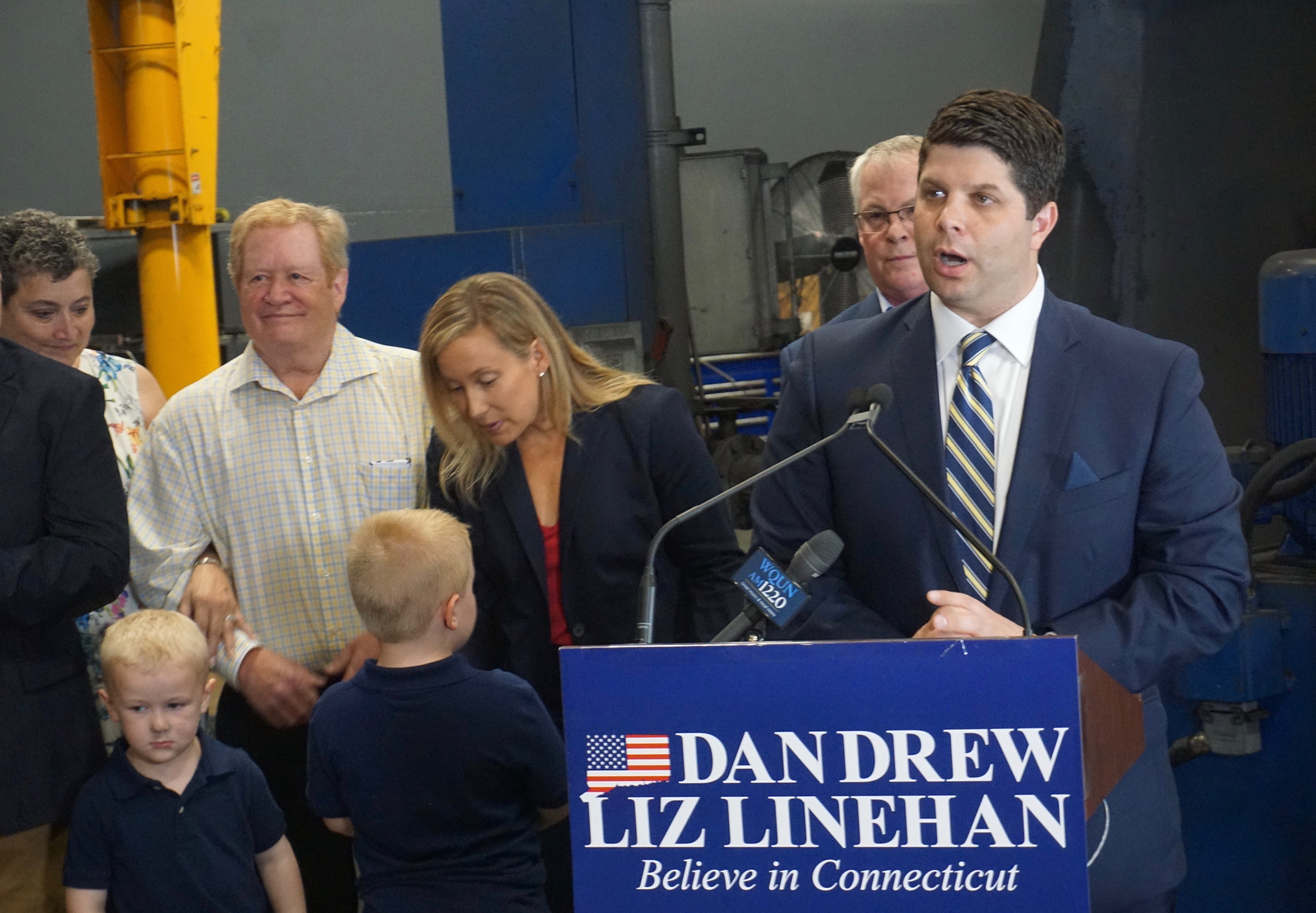 Drew, Linehan tack left in opening joint campaign
