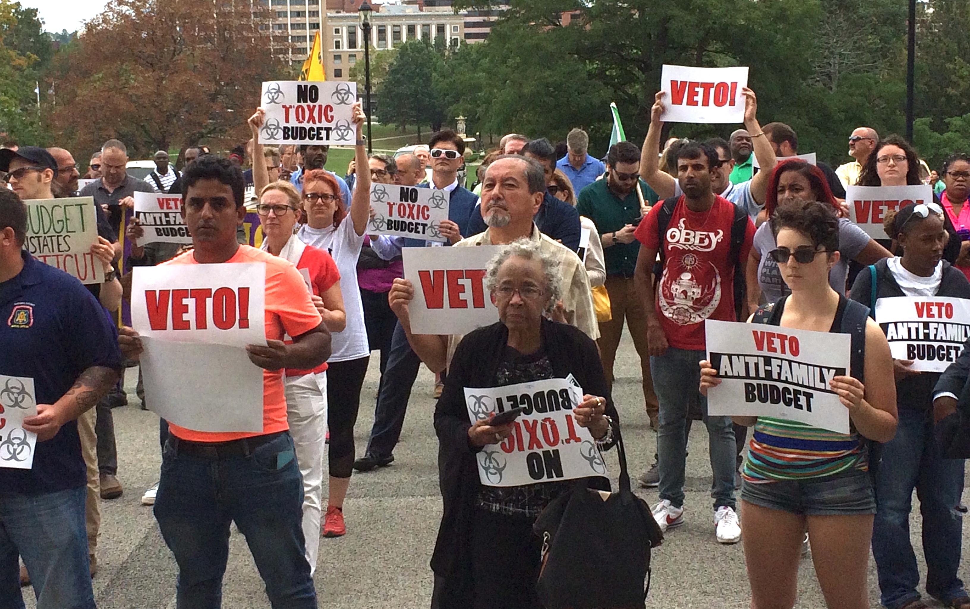 Labor, urban advocates rally to urge Malloy veto of GOP budget