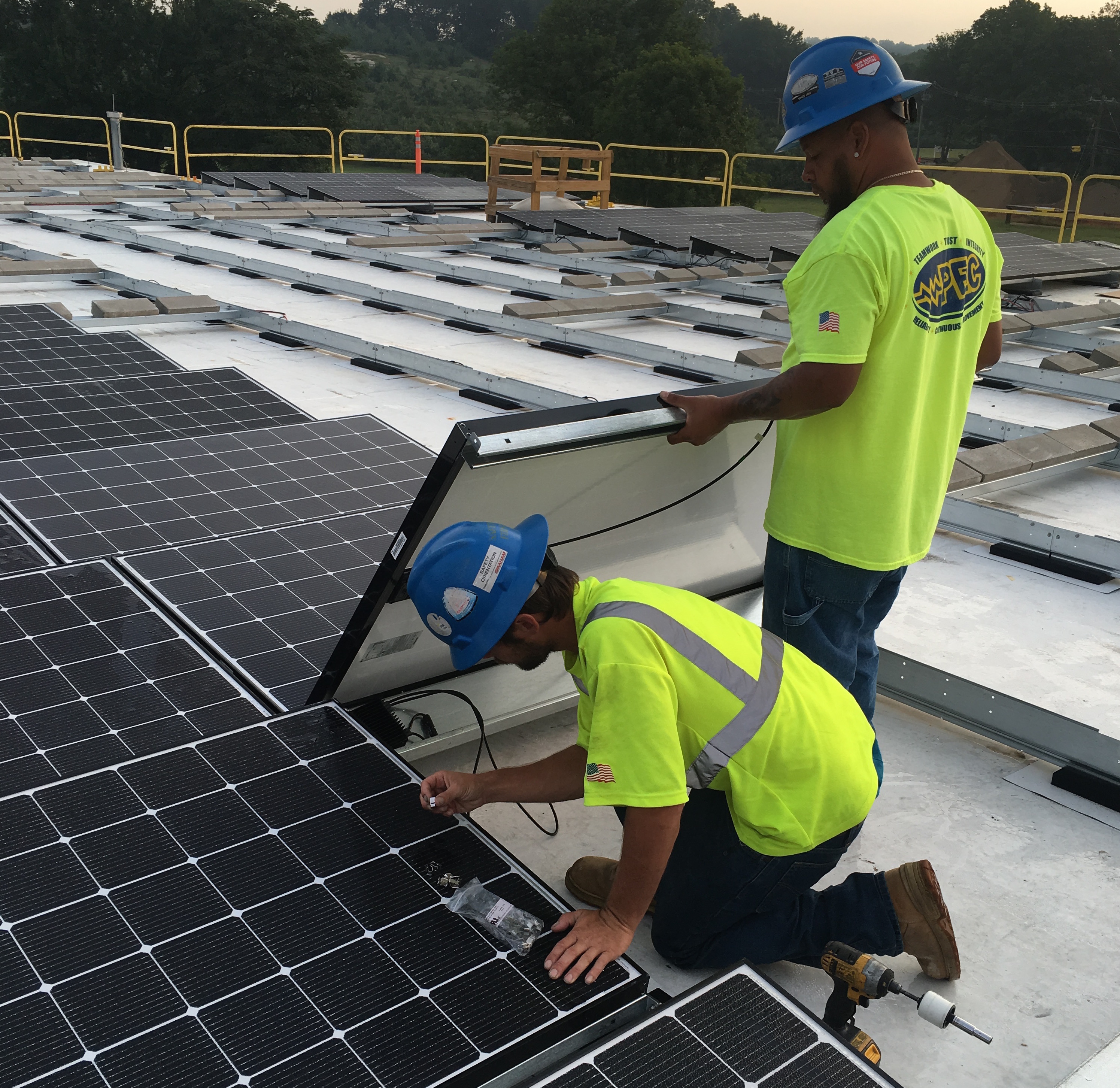 Solar policy fight is picking up where it left off