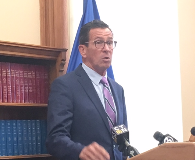 Malloy steps up attack on GOP's pension reforms
