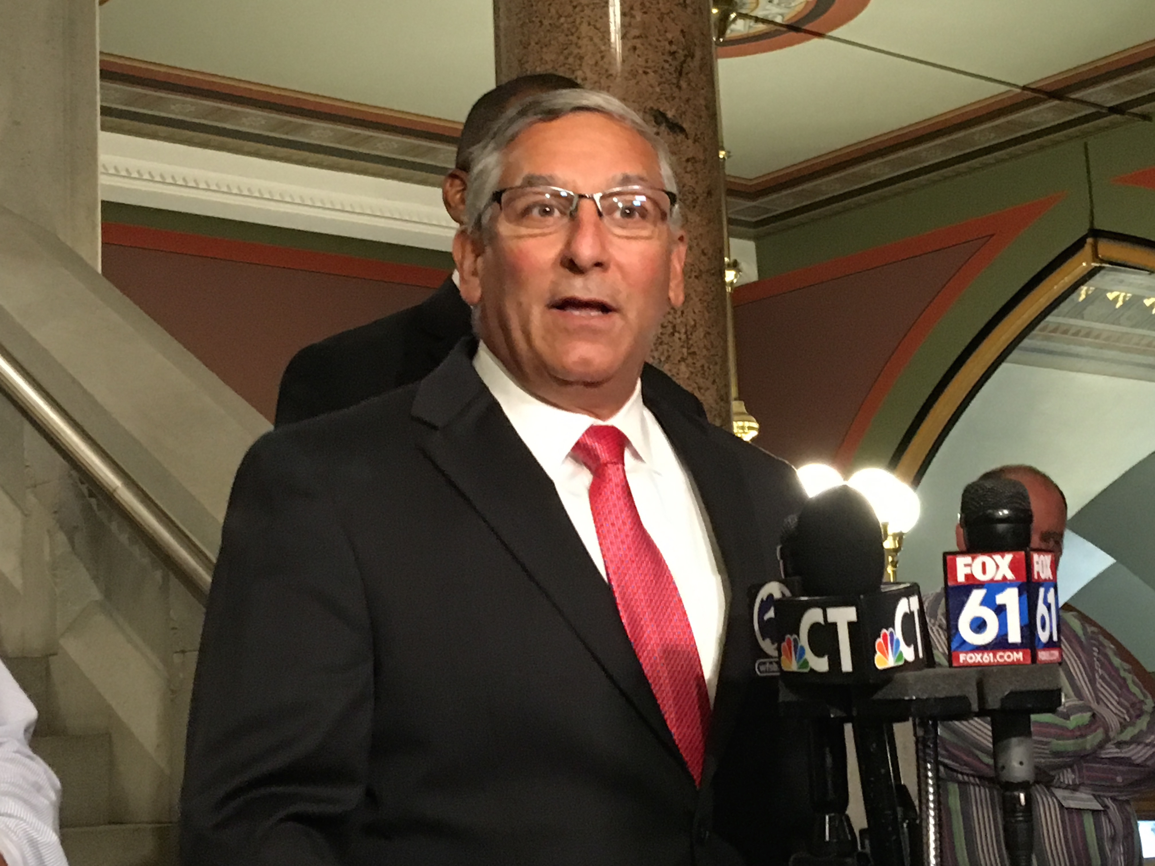 GOP's Fasano calls on Trump to apologize for immigration comments