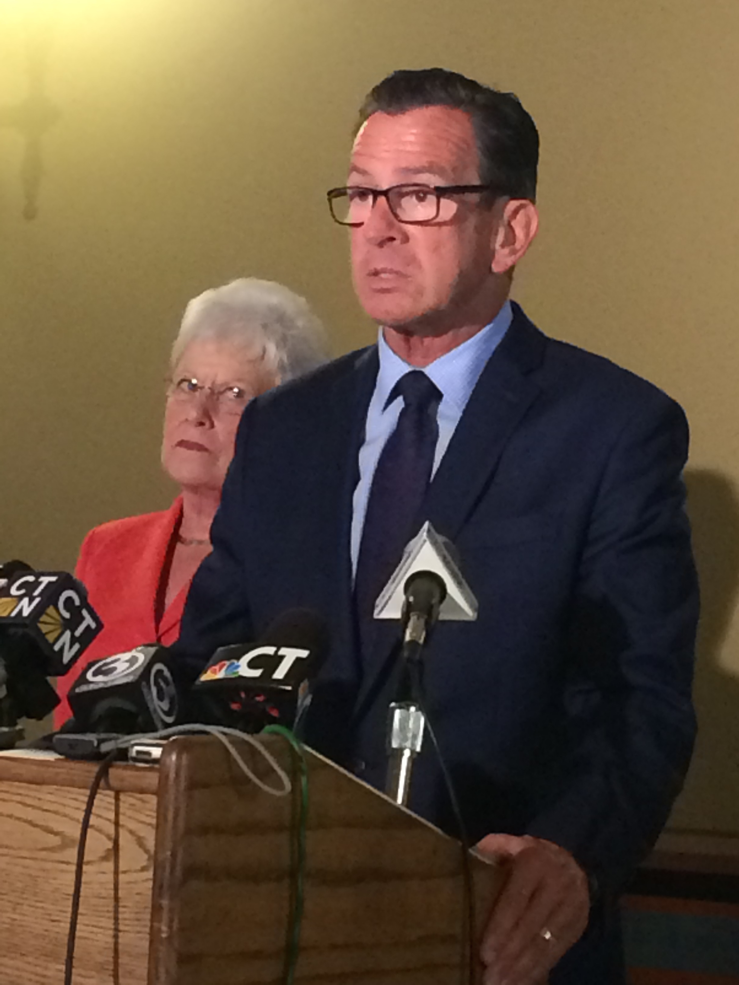 Malloy: Budget standoff is putting new CT jobs at risk