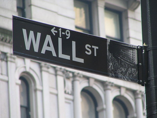 While CT's reserves rise, Wall Street compensation shrinks