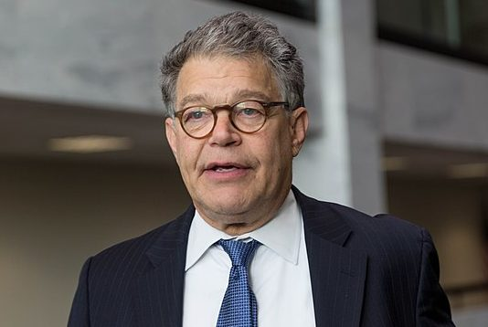 CT senators say they will give Franken donations to charity