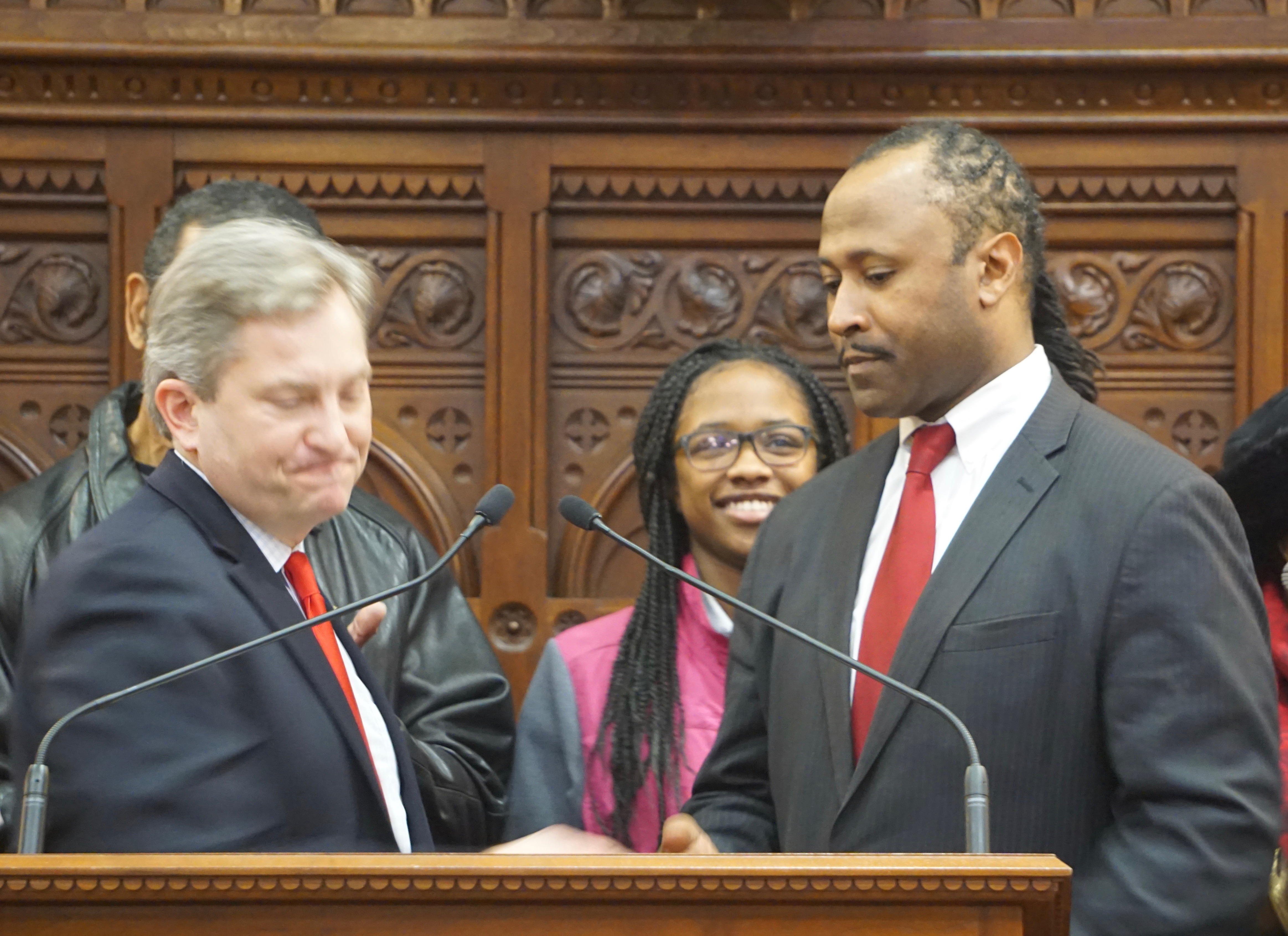 House Democrats back to 79 with arrival of Bobby Gibson