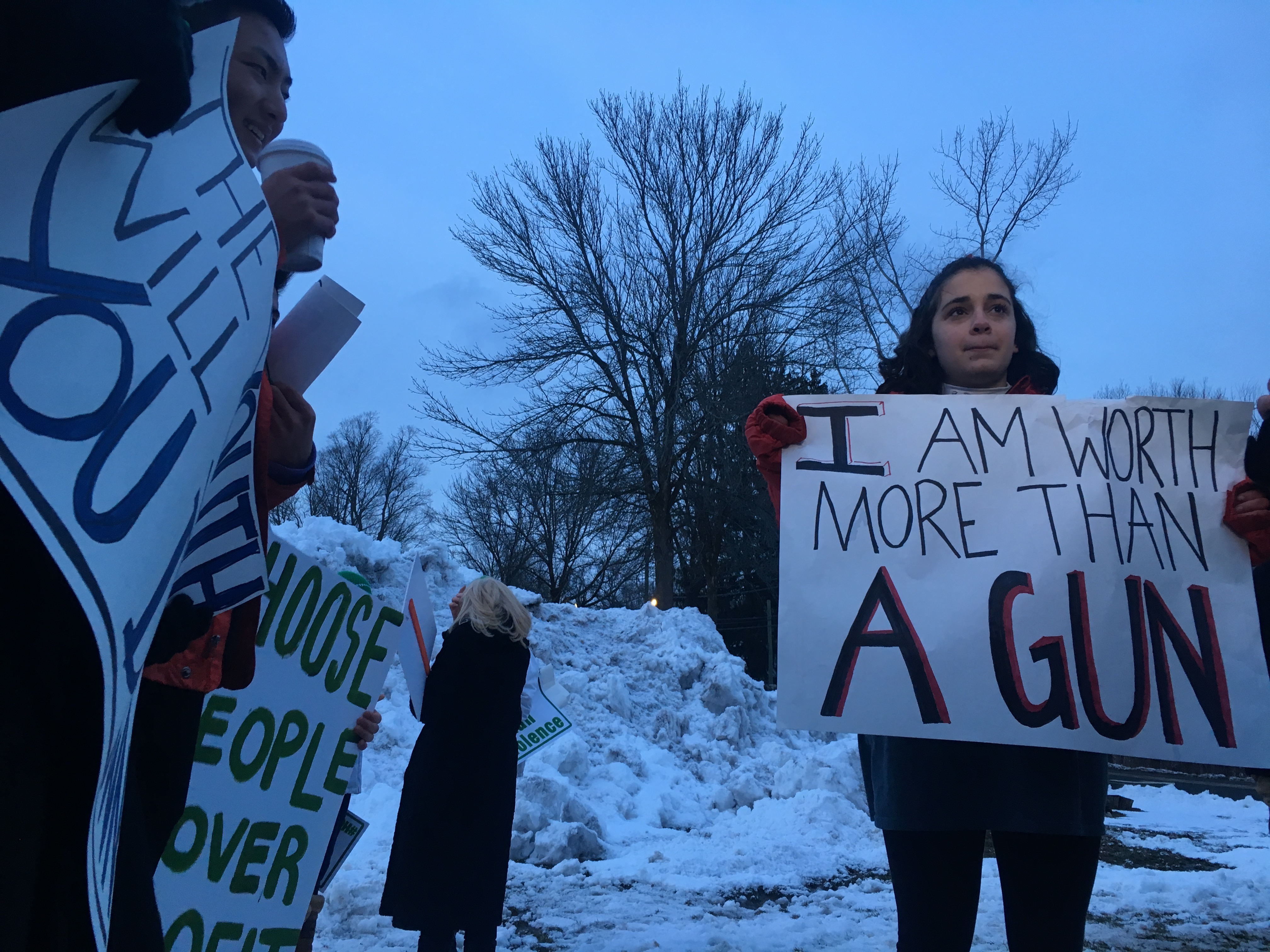 CT students join nationwide protest, demand end to gun violence