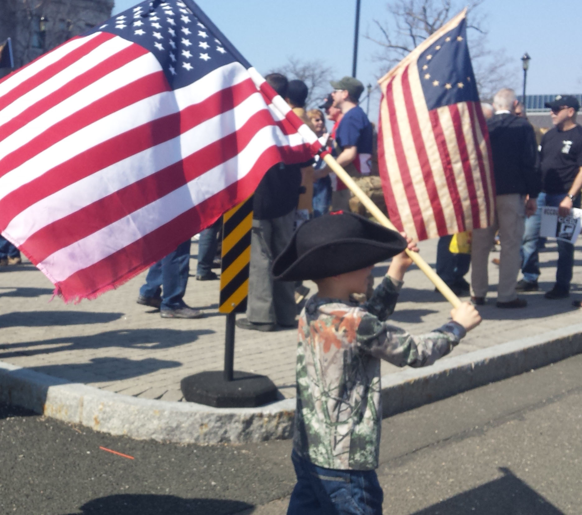 Second Amendment rally in Hartford implores hundreds to 'fight, fight, fight'