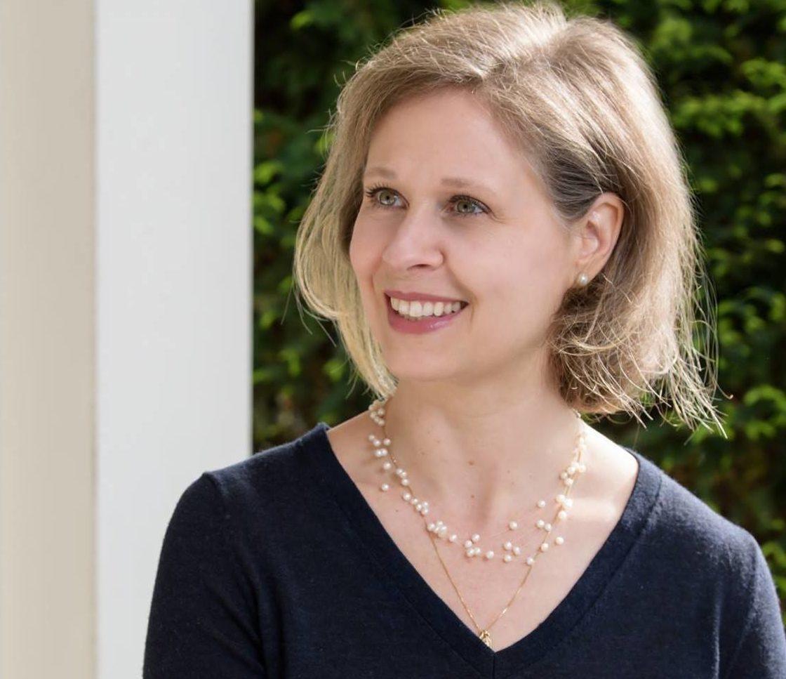 Shannon Kula, a Democrat, declares for Esty's seat