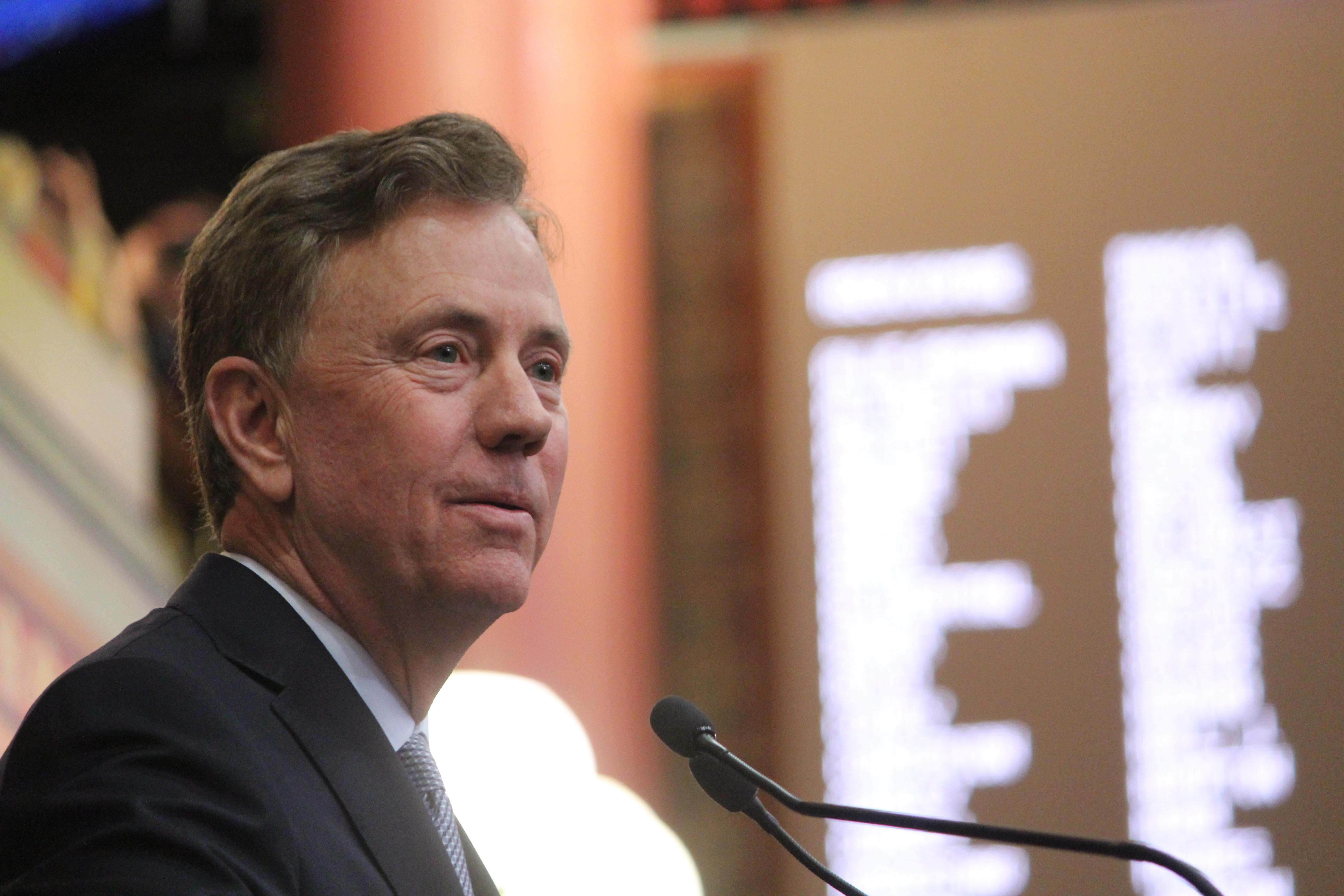 Lamont presents $43 billion, two-year plan to legislators