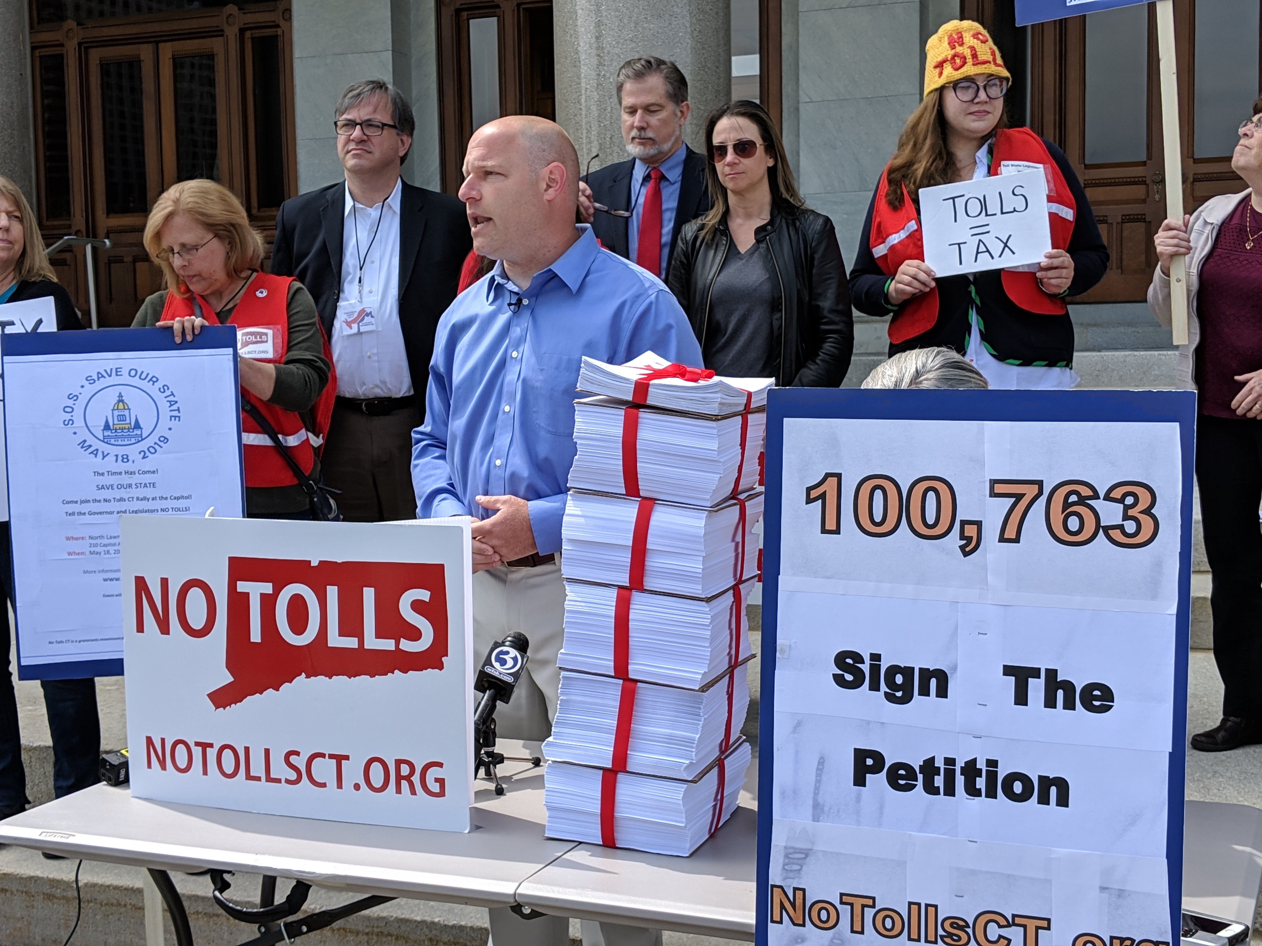 Lamont willing to compromise on transportation — if tolls are involved