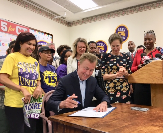 Lamont defends $1 boost in minimum wage