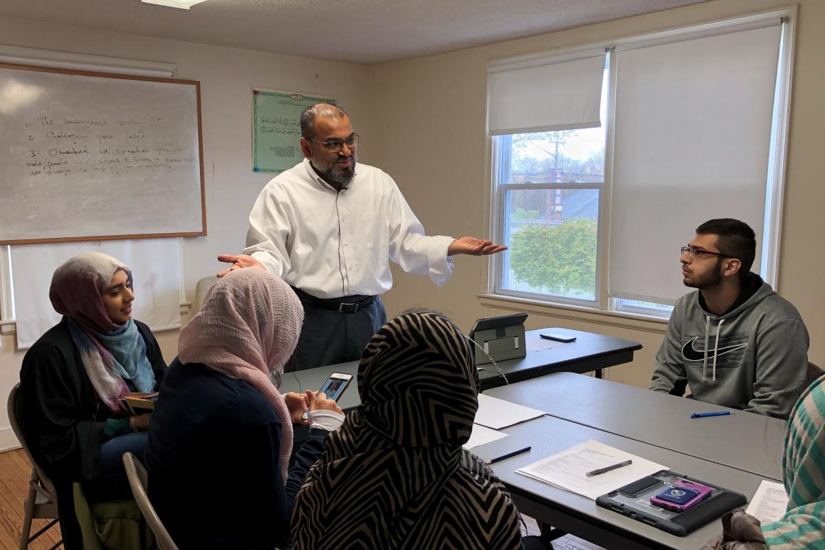 At Muslim Sunday school, learning about Islam — and correcting misconceptions