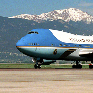 Courtney foils Trump's red, white, blue Air Force One plan