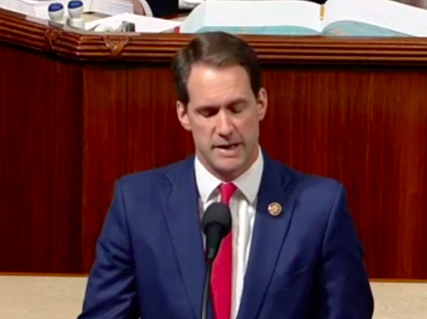 Himes calls for impeachment inquiry of Trump
