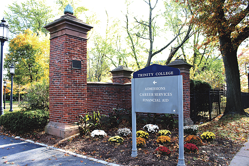Colleges Swamped By Students Mental Health Needs But Services Vary Greatly