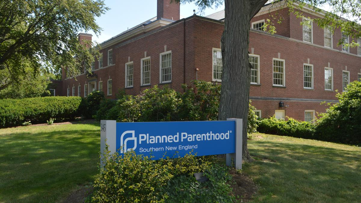 Planned Parenthood in CT rejects federal funding under new Trump rules