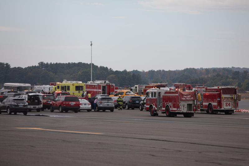 Seven dead in crash at Bradley airport