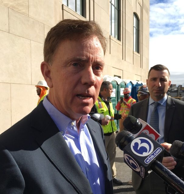 Lamont asks for 'profile-in-courage' from GOP on transportation