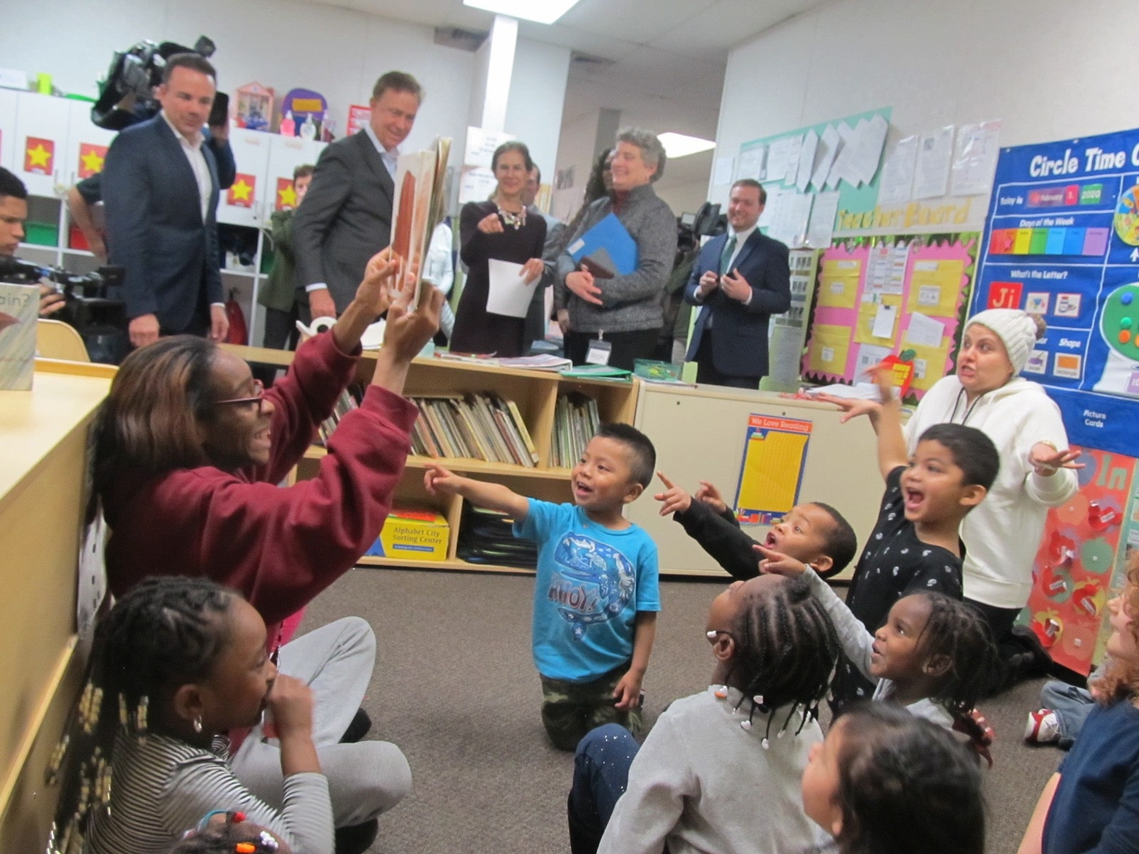 Lamont touts federal funding for child care ahead of his budget address