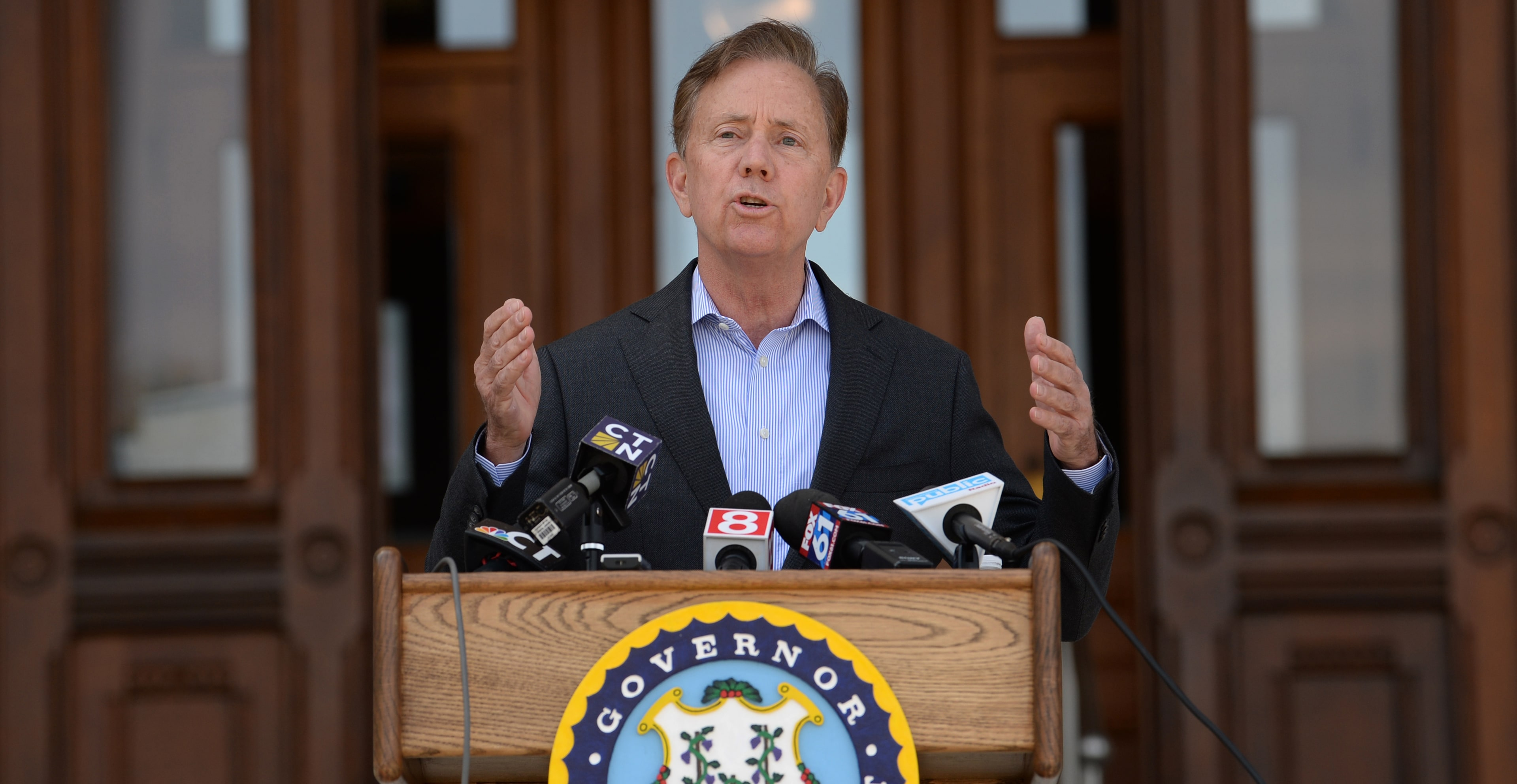 The governor must re-engage the legislature to reopen the state