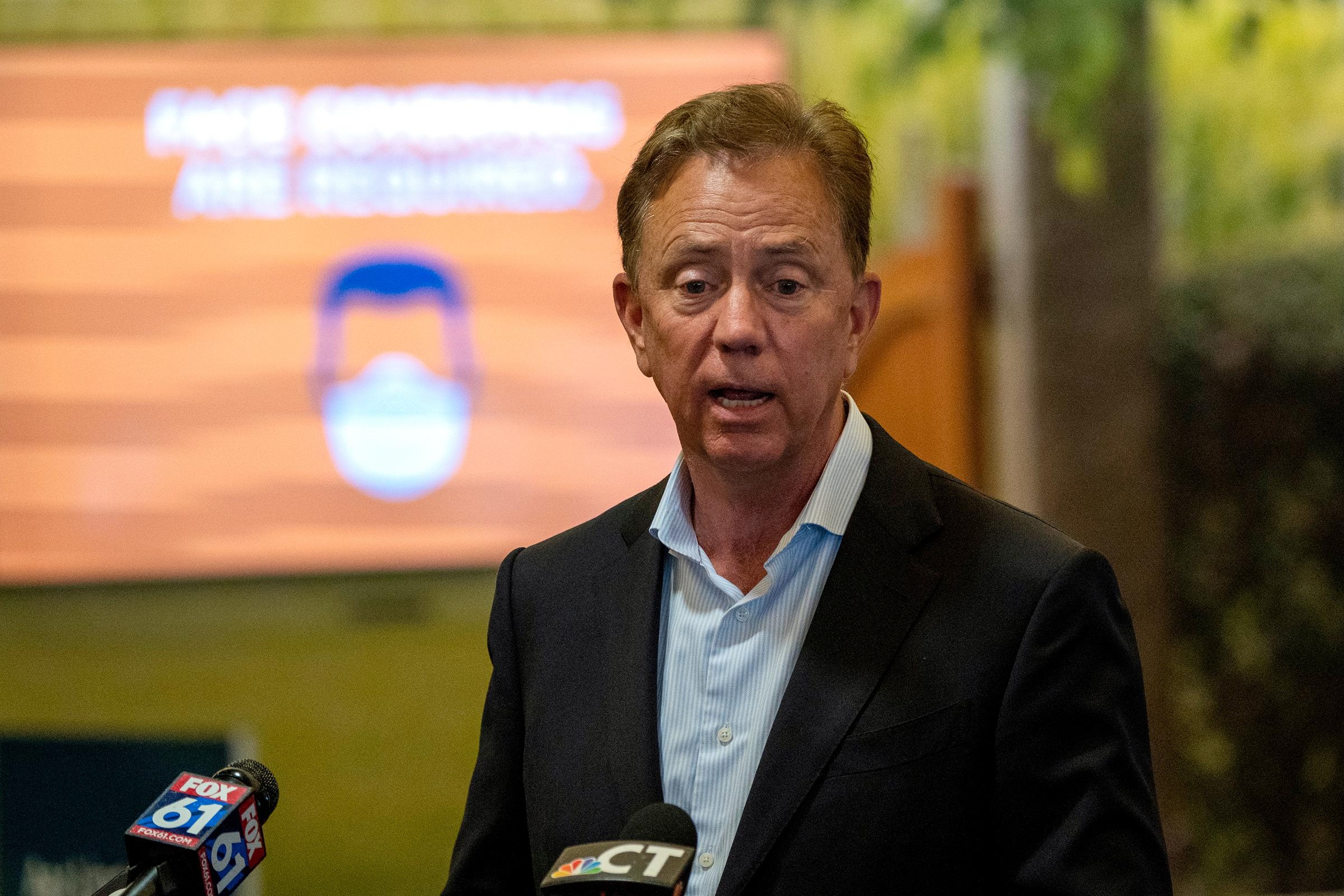 As Connecticut tries to avoid second wave of COVID-19, Lamont promotes quarantine guidelines