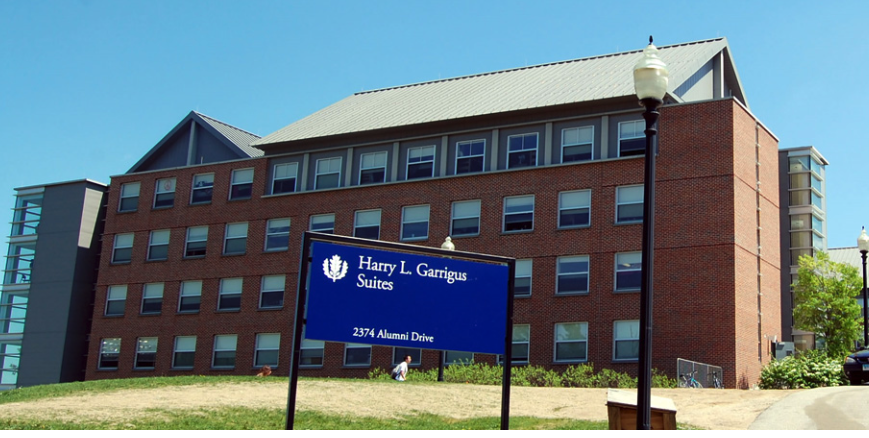 UConn places entire residence hall in quarantine as positive COVID-19 cases spike